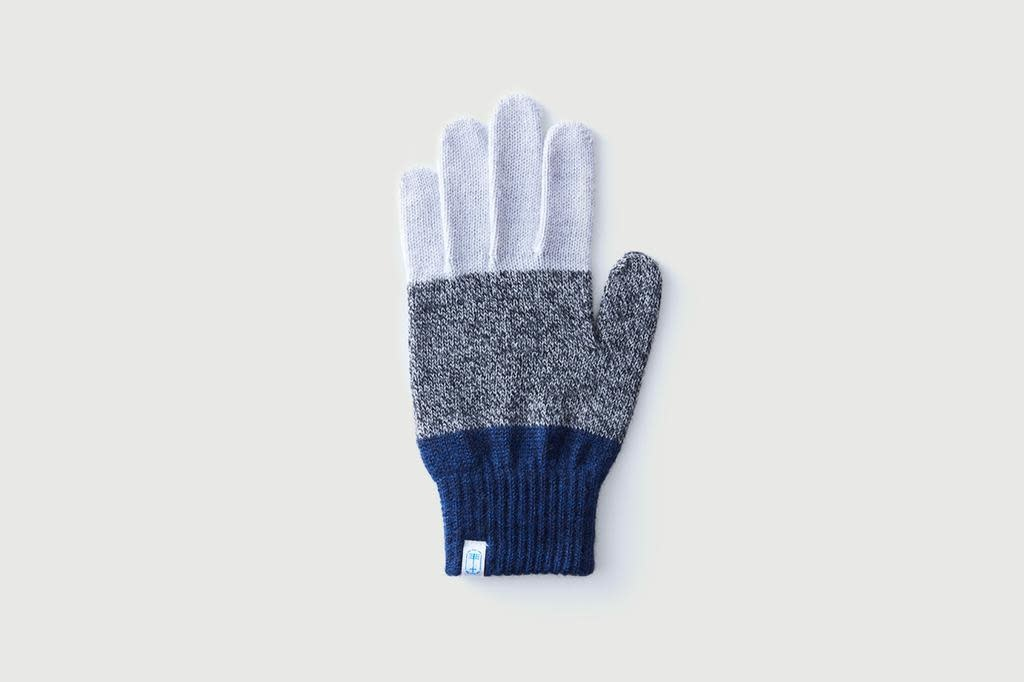 tet. - Knitted gloves, Three Tones