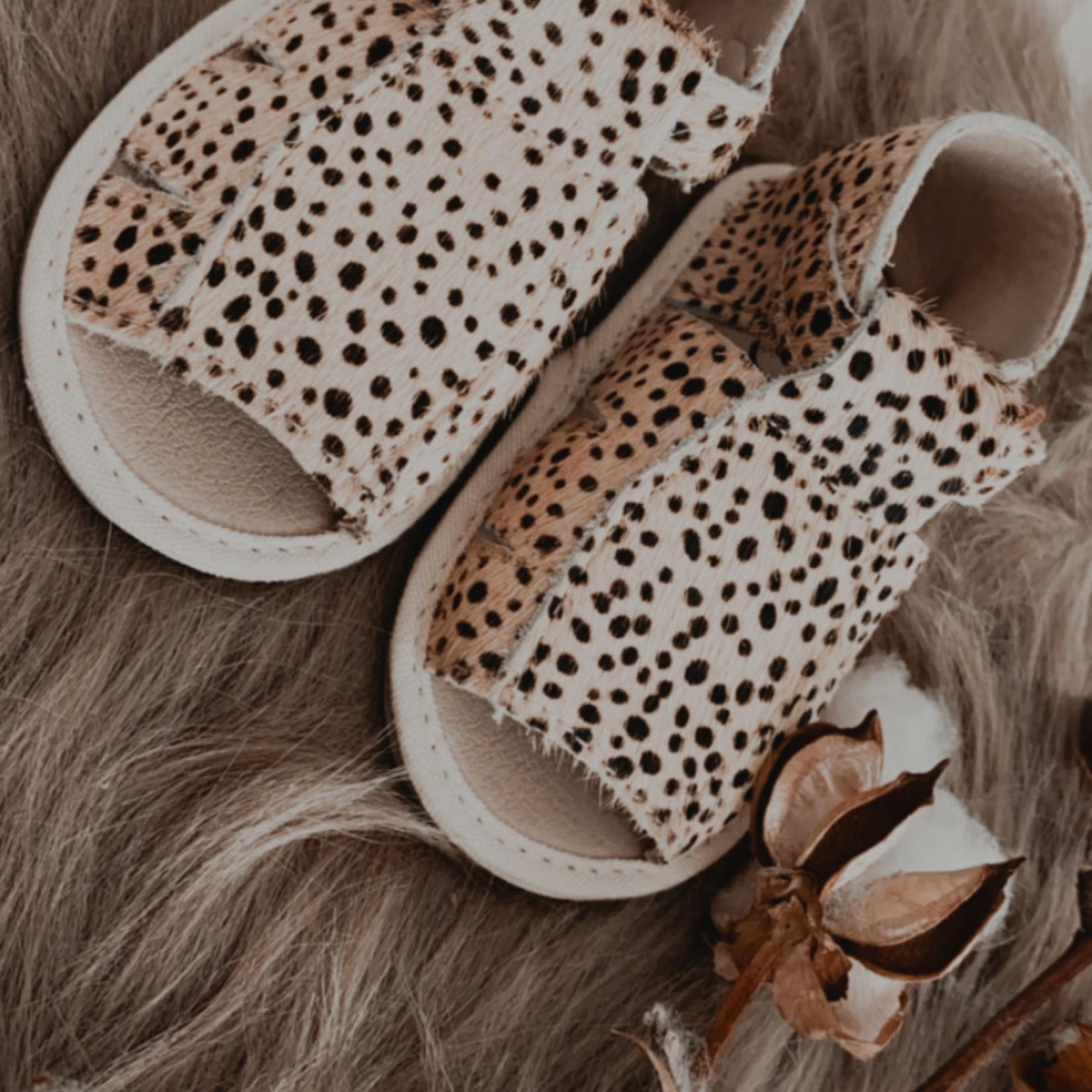 Kidooz Sandaal black spots
