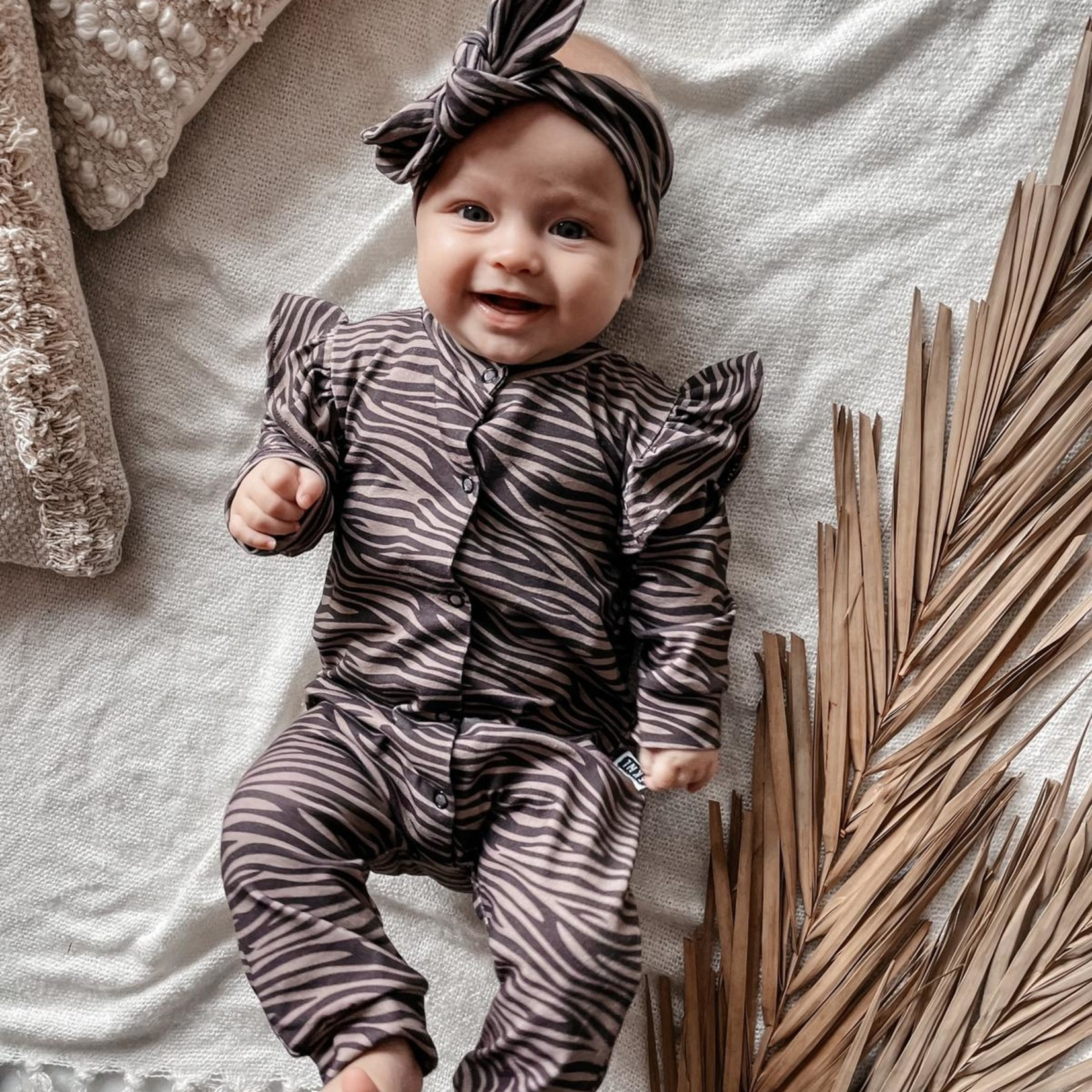 Fashion Kids  Boxpakje Zebra donker  - met Ruffle