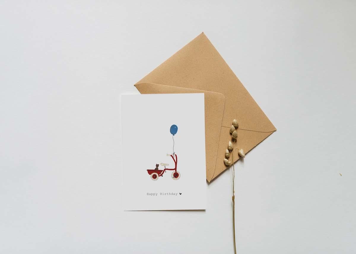 Nadine's illustraties wenskaart happy birthday fiets-2