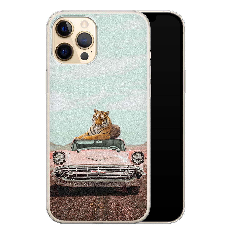 ELLECHIQ iPhone 12 siliconen hoesje - Chill tijger