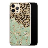 Leuke Telefoonhoesjes iPhone 12 siliconen hoesje - Leo Flower