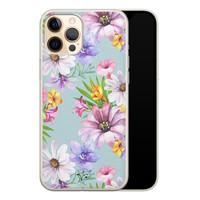Telefoonhoesje Store iPhone 12 Pro siliconen hoesje - Mint bloemen
