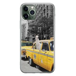 ELLECHIQ iPhone 11 Pro siliconen hoesje - Lama in taxi