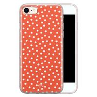 Telefoonhoesje Store iPhone SE 2020 siliconen hoesje - Oranje stippen