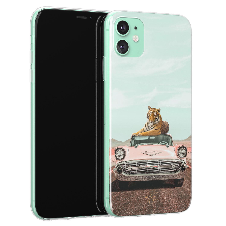ELLECHIQ iPhone 11 siliconen hoesje - Chill tijger
