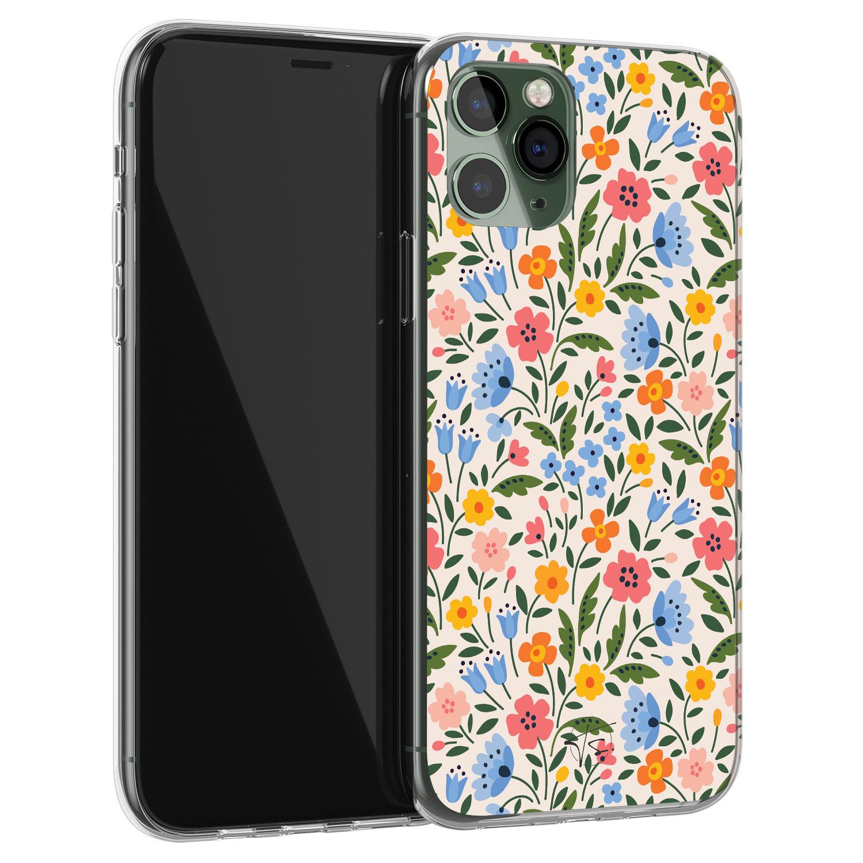 Telefoonhoesje Store iPhone 11 Pro siliconen hoesje - Romantische bloemen