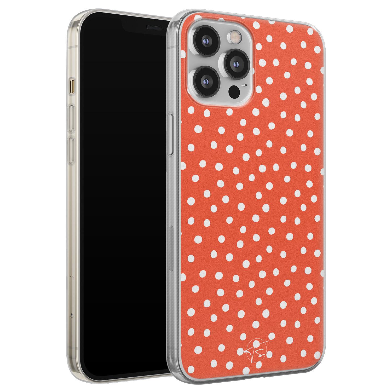 Telefoonhoesje Store iPhone 12 Pro Max siliconen hoesje - Orange dots