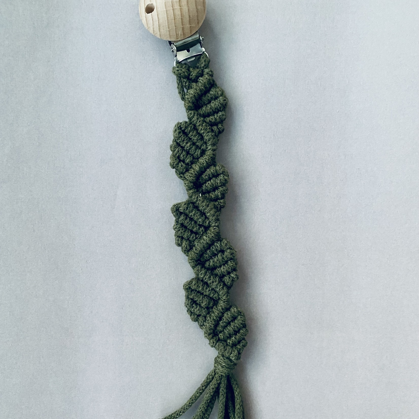 Abbi's Handmade Abbi's Handmade   Pacifier Clip Rosalie - Avocado