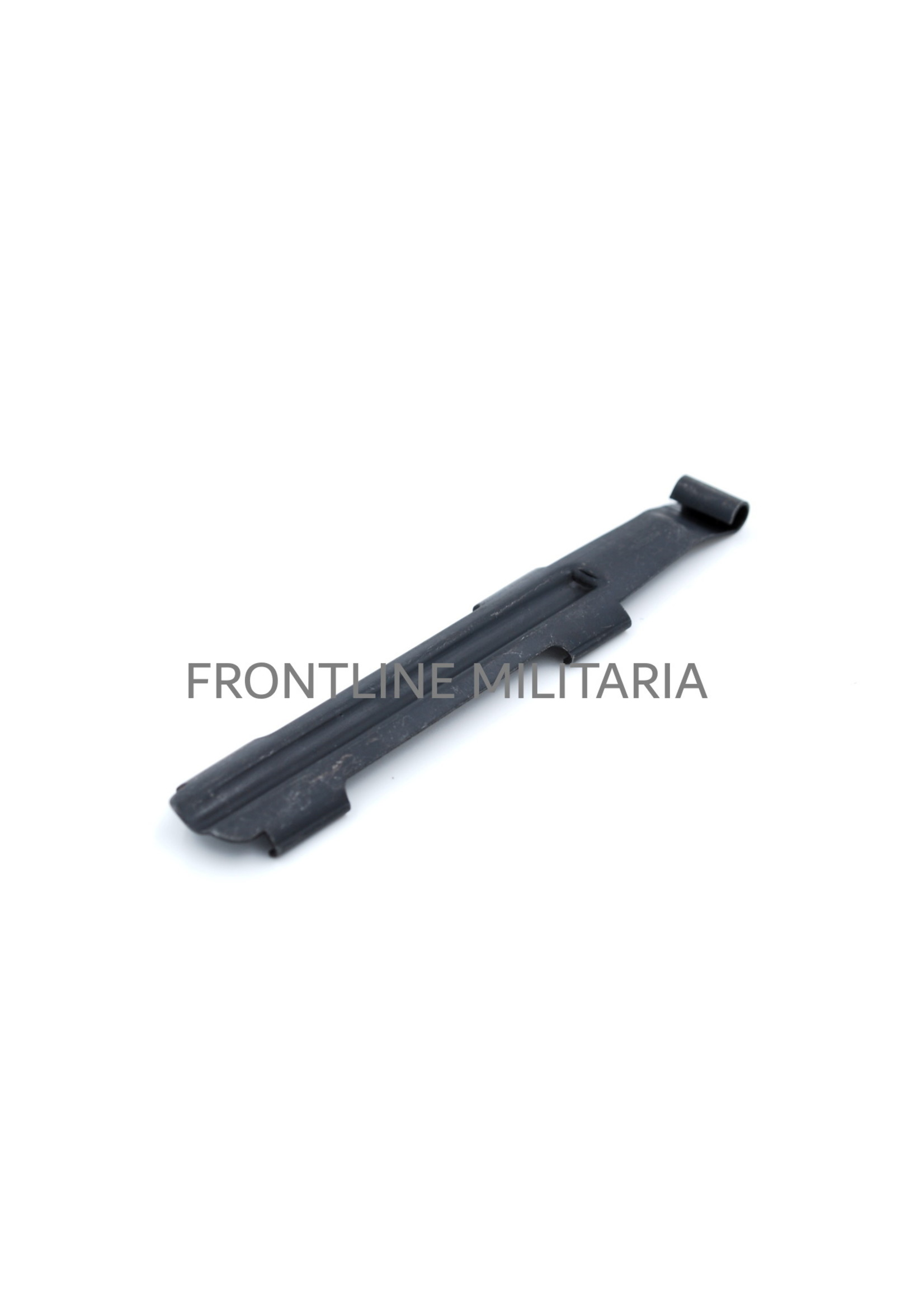 Sliding dust cover for the G43 and K43 rifle