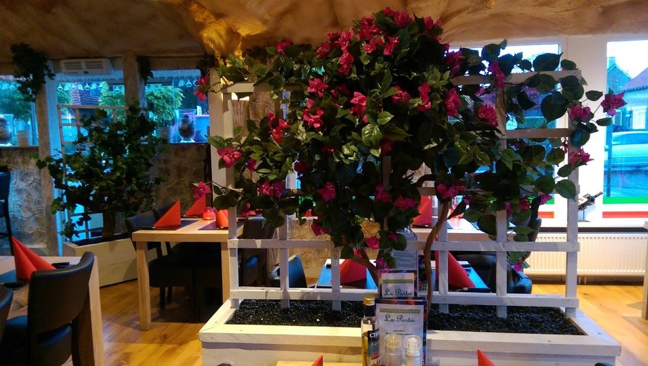 Kunstplanten.nl project La Porta Heelsum Bougain Villae deco