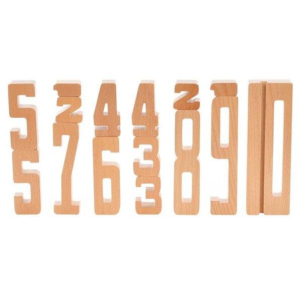 Zak met houten cijfers