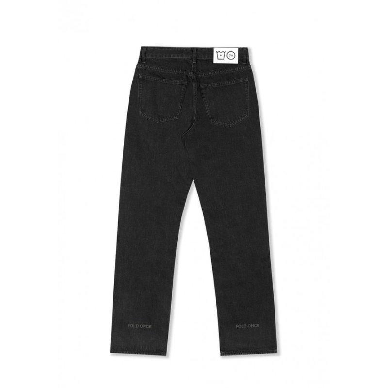 Cold Wash Lasered Carelabel Jeans