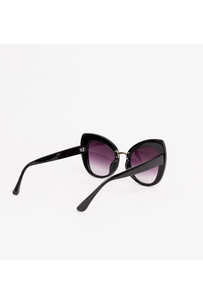 Zwarte cat eye zonnebril