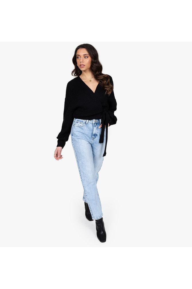 Zwarte wikkel trui