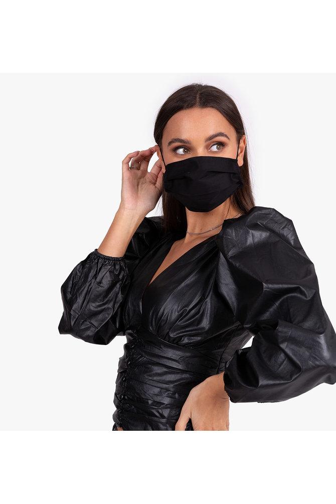 Zwarte mondkapje