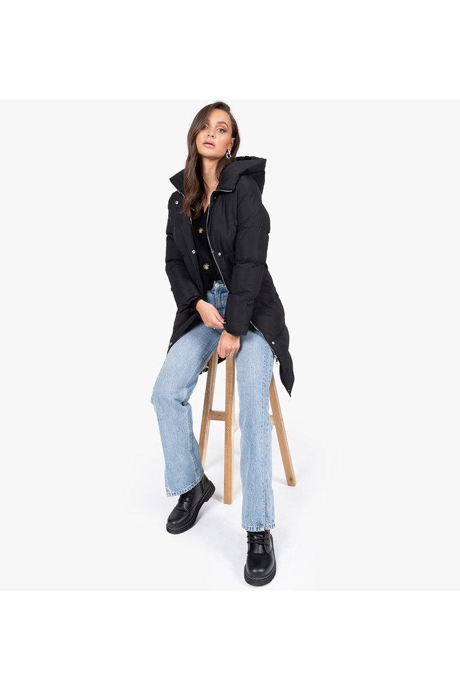 Zwarte puffer jas