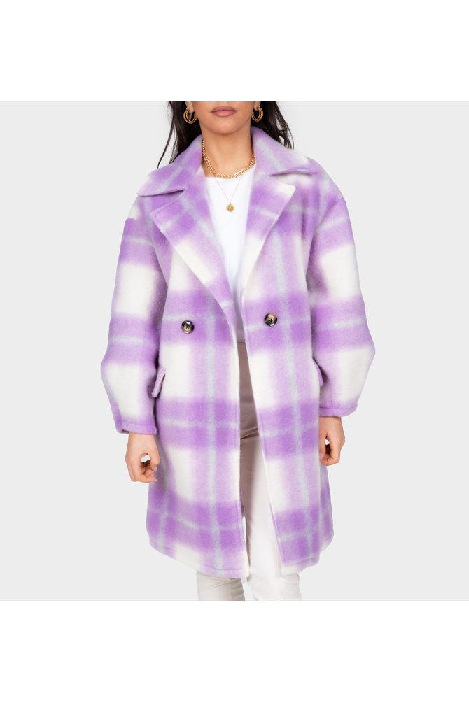 Lila geruite mantel