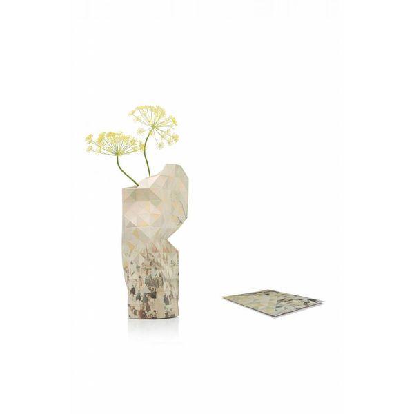 Paper vase Avercamp