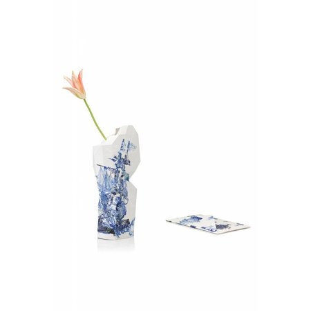 Paper vase Delft blue