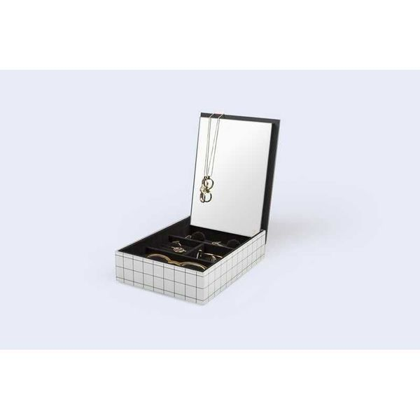 Pool box for jewelry