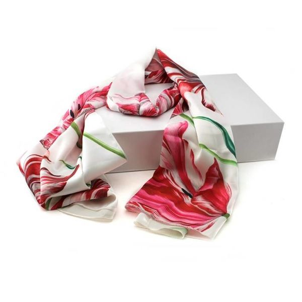 Scarf Tulips
