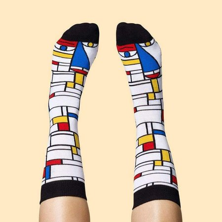 Pieds Mondrian par Chatty Feet