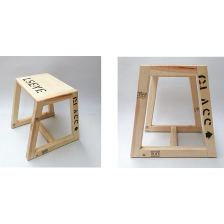 Hocker aus Museumsbox