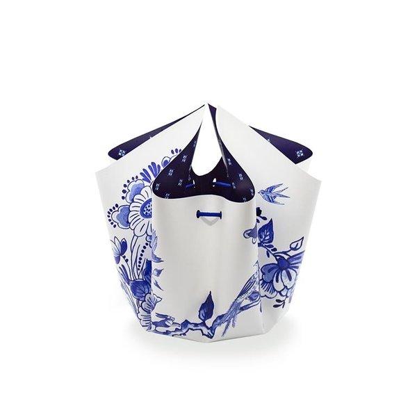 Delft blue bow vase