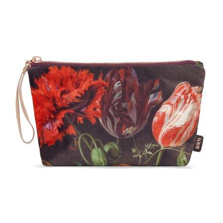 Pencil case with flowers de Heem