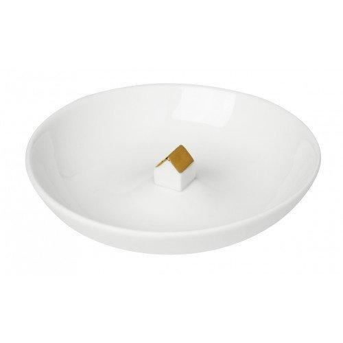 Maison dans un bol avec mini toit doré