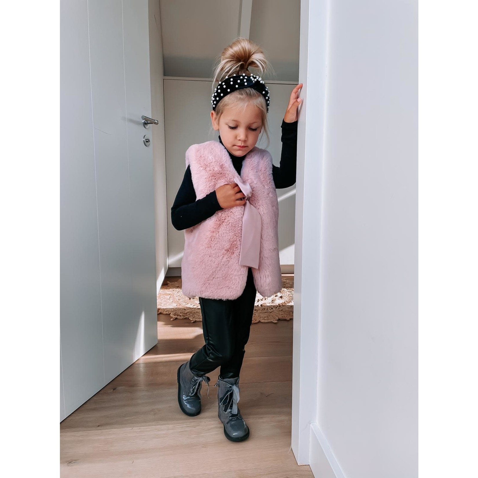 Petite Zara Faux Fur Gilet - Dusty Pink