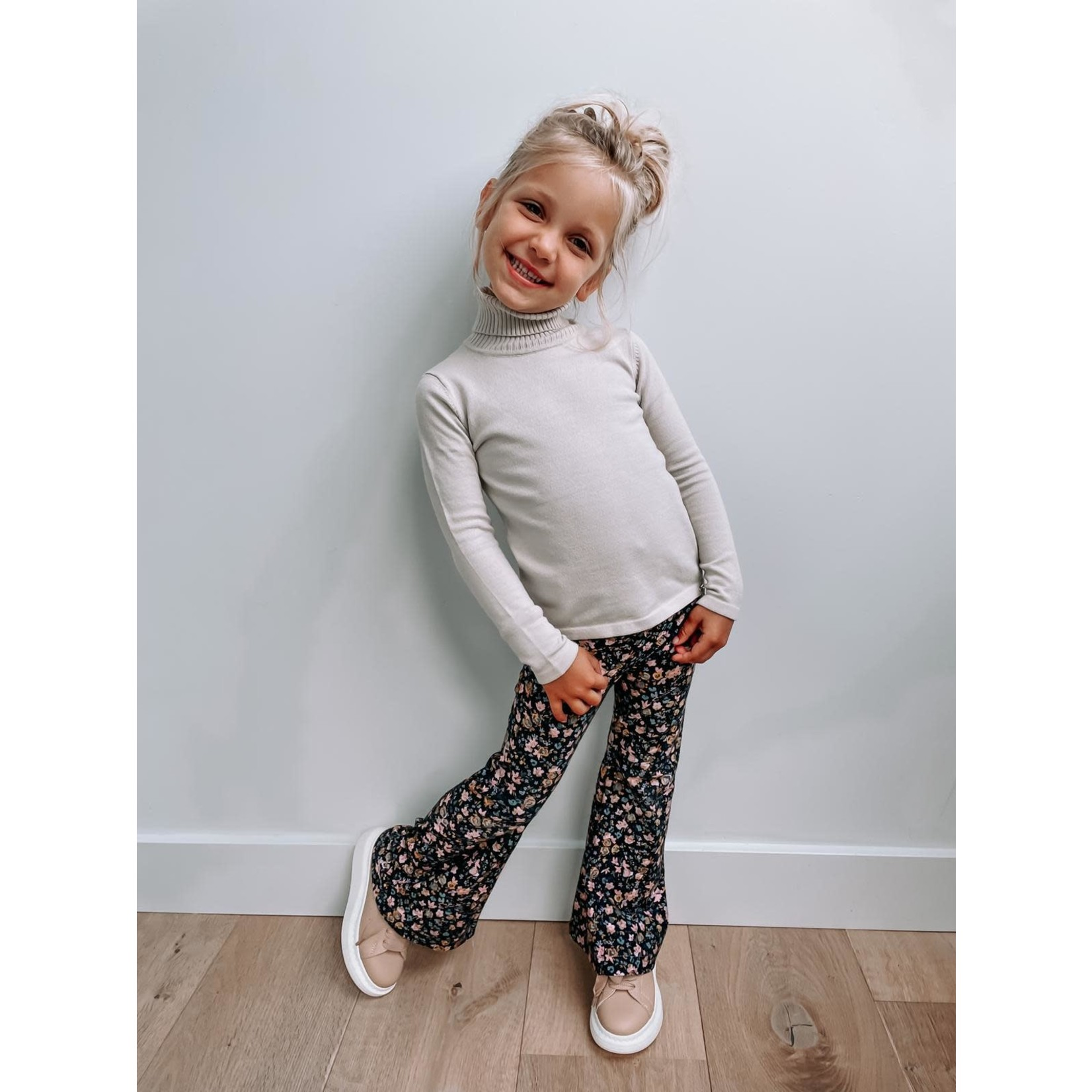 Petite Zara Flared Pants Lizzy - Petite Zara