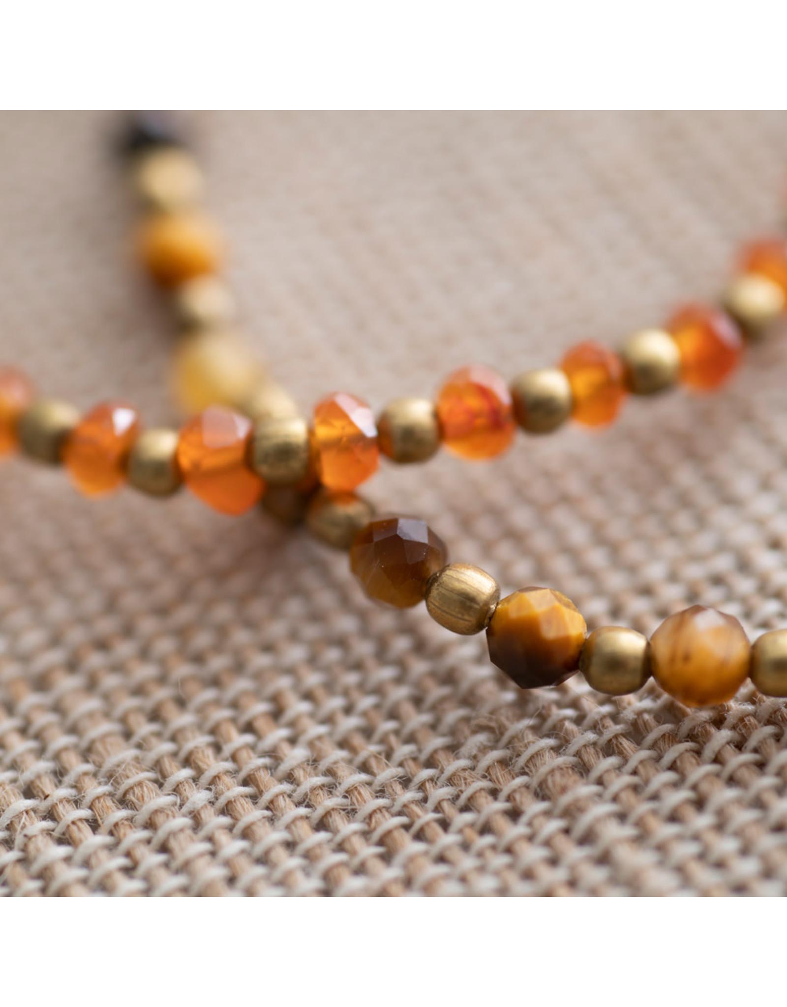 A beautiful Story Tiger Eye Gold Bracelet