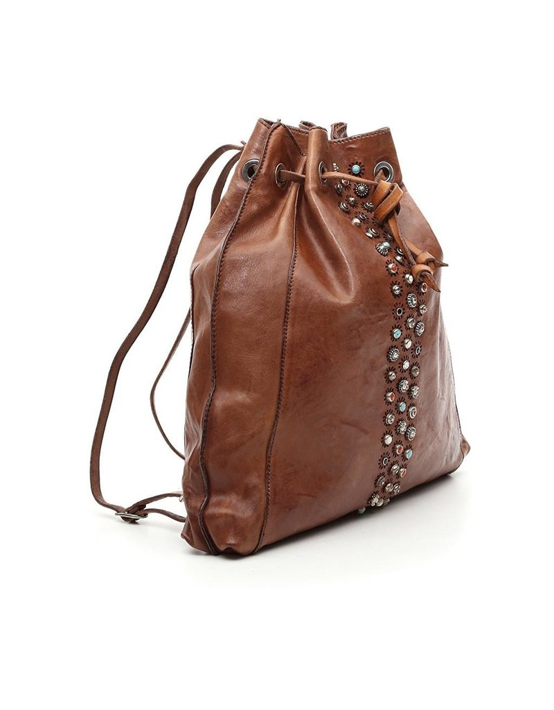 Campomaggi Genuine leather. Backpack w Studs  Cognac.