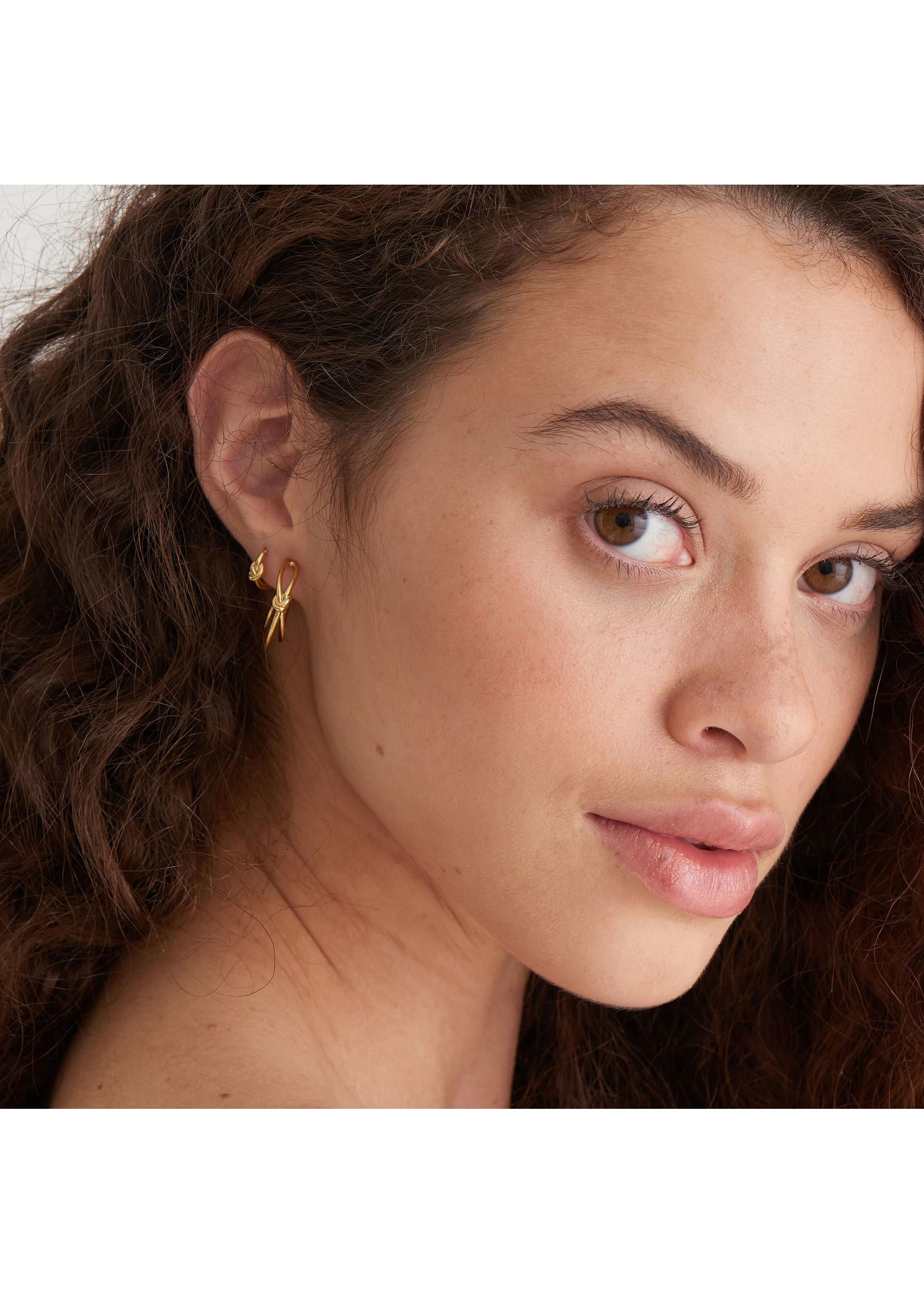 Ania Haie GOLD KNOT HUGGIE HOOP EARRINGS
