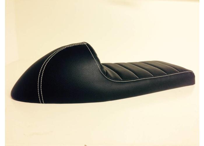 C.Racer Beklede Cafe Racer Seat Tuck N' Roll Stitch Zwart Type 31