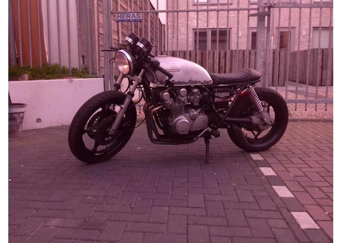 Tuck N' Roll Cafe Racer Seat Zwart 16