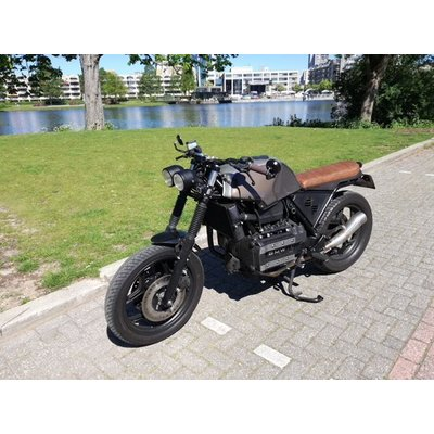 BMW K75 CAFERACER 'OAKED'