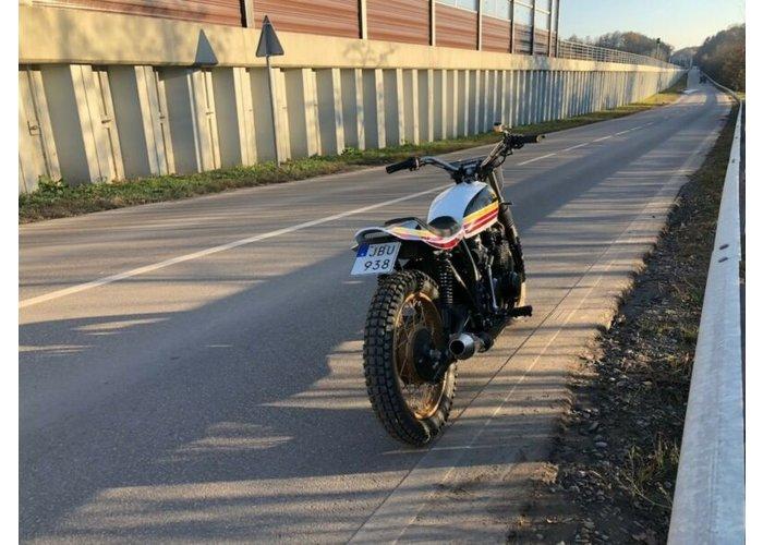 Honda CB 500 Tracker