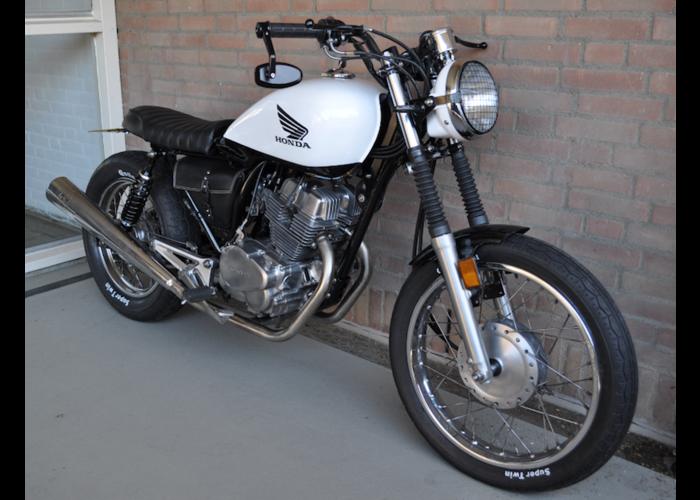 Honda CB250 Brat
