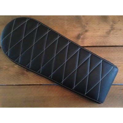 C.Racer Brat Seat Diamond Black Long 60