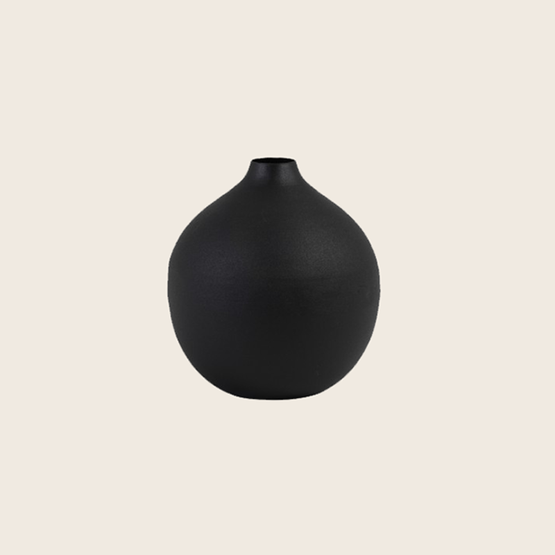 Black Metal Vase Ø11