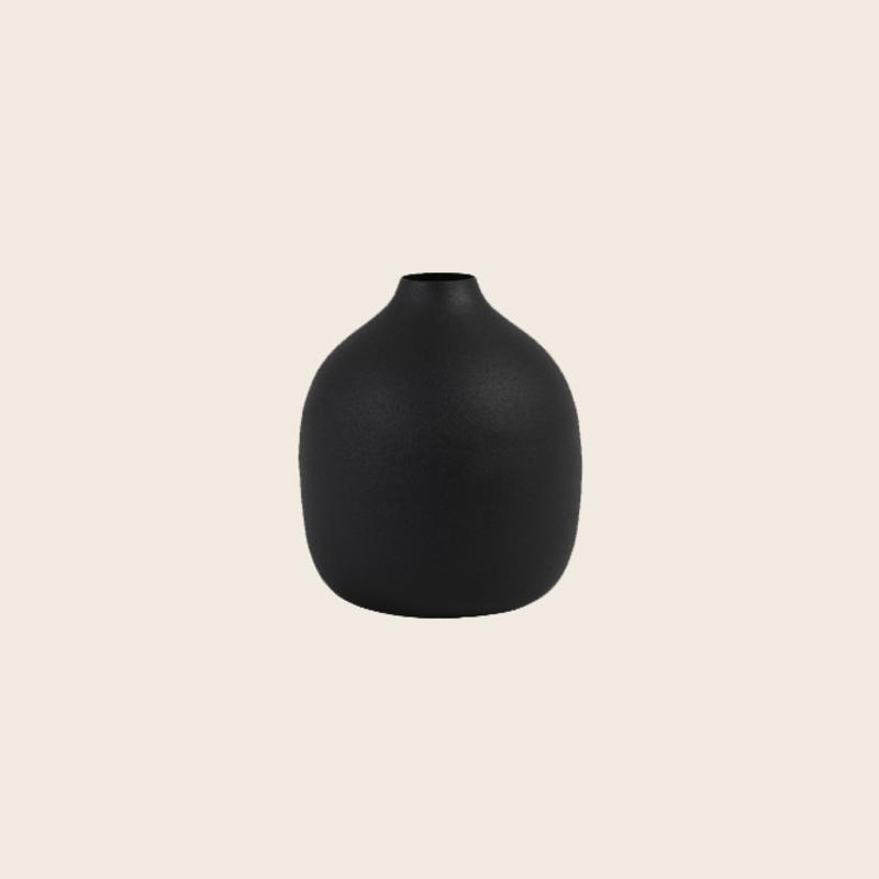 Black Metal Vase Ø9