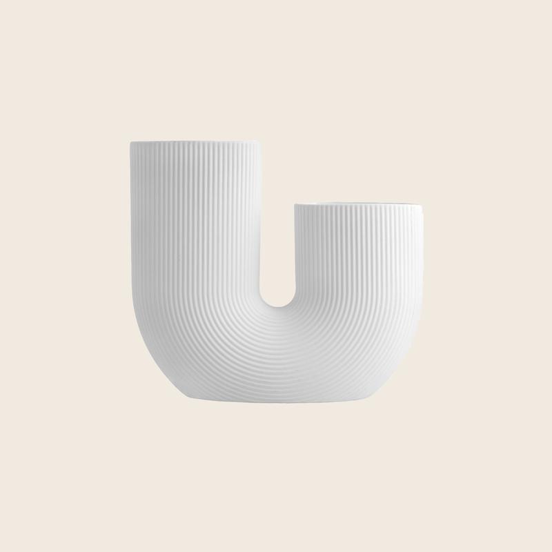 U-Vase White