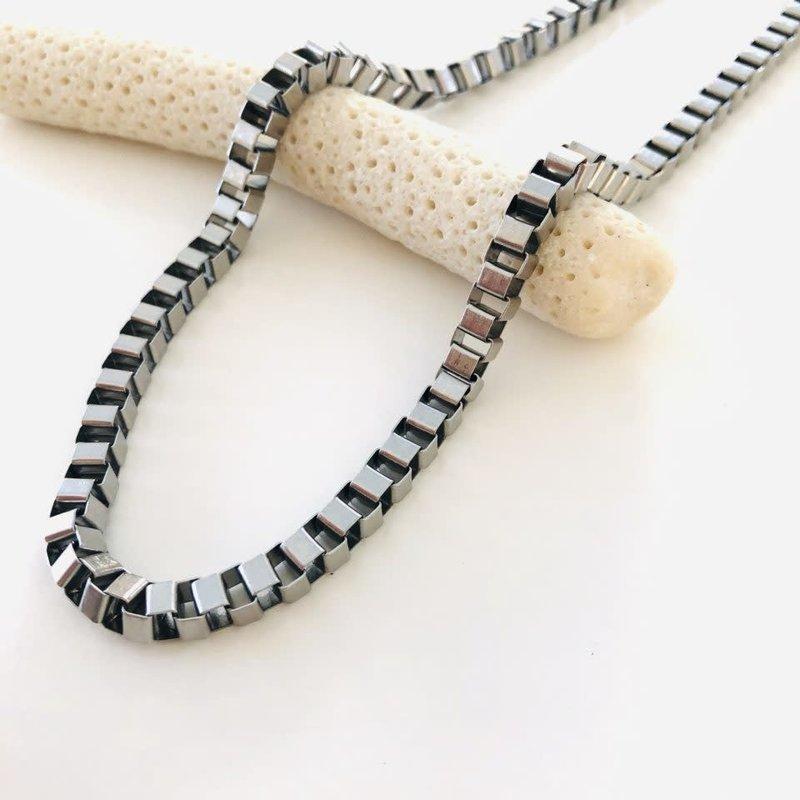 Bandhu Box Chain Necklace Silver