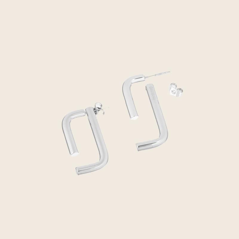 Bandhu Linked Earrings Silver