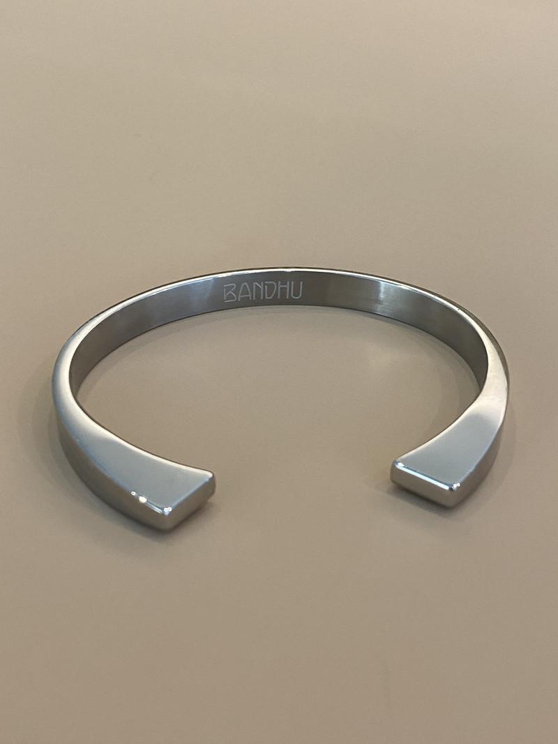 Bandhu Vinyasa Bracelet Silver