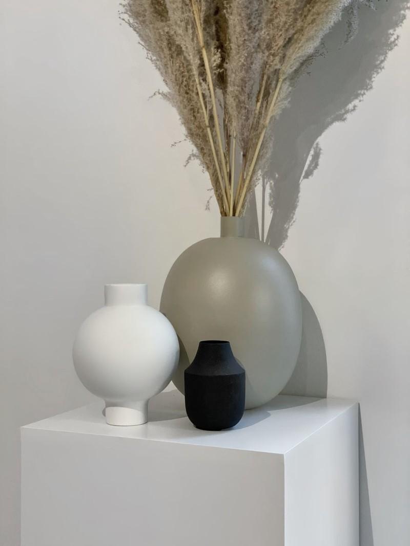 Vik Vase