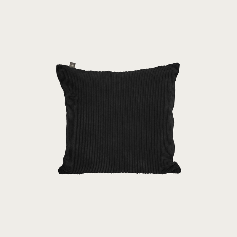 Black Ribbed Pillow 45x45